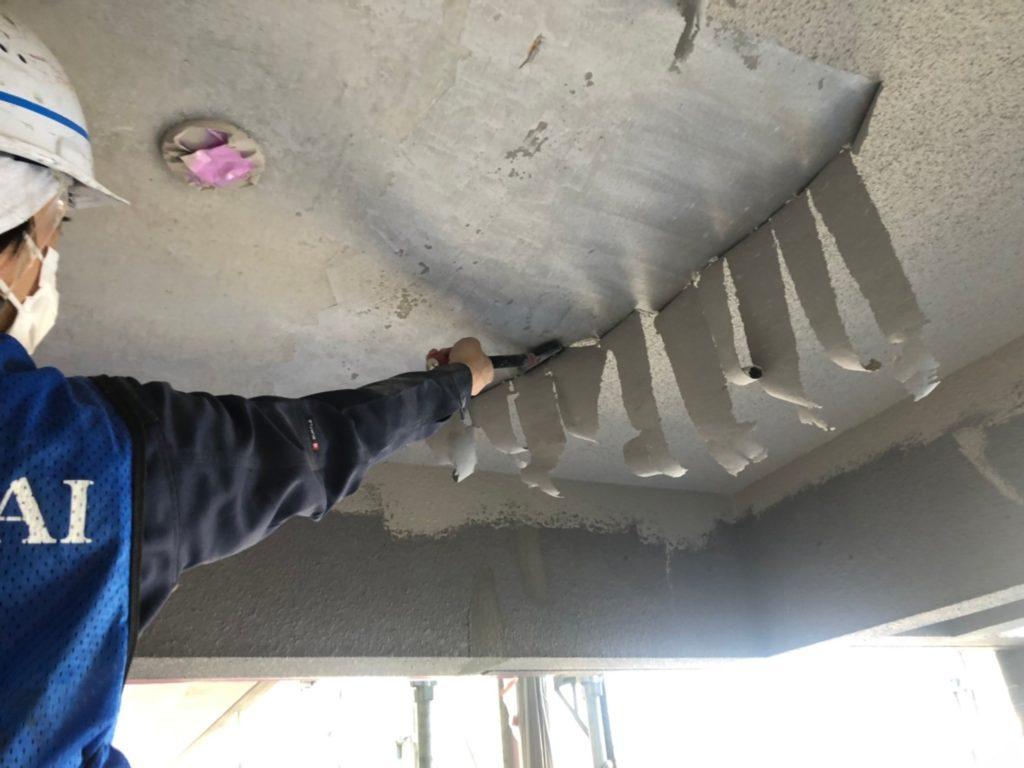 軒天部 既存塗膜 浮部全剥離