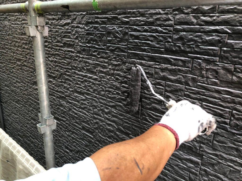 外壁部 ブラック 仕上げ塗り