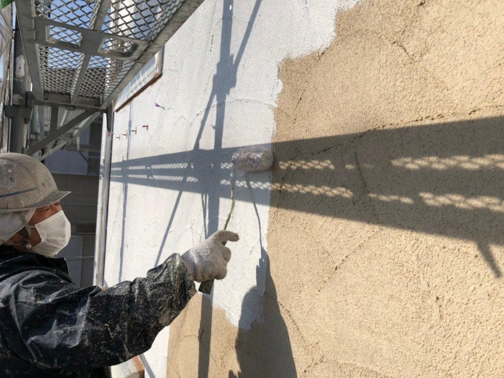 外壁部下塗り材塗布